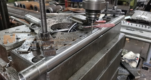 Long size Workpiece Drilling Holes